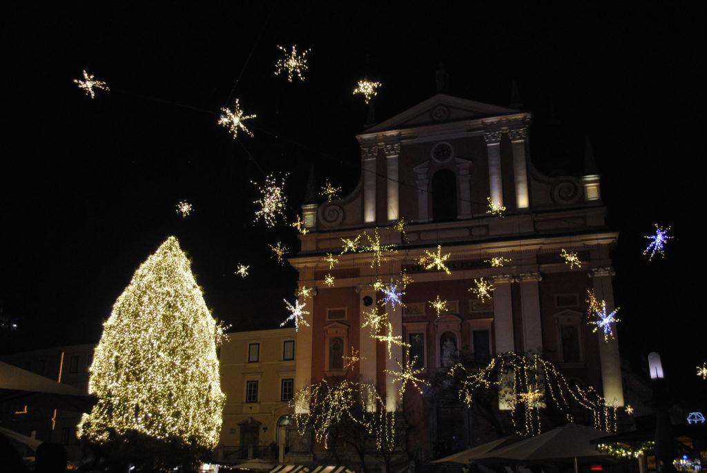 Ljubljana gezi rehberi, Preseren Meydanı