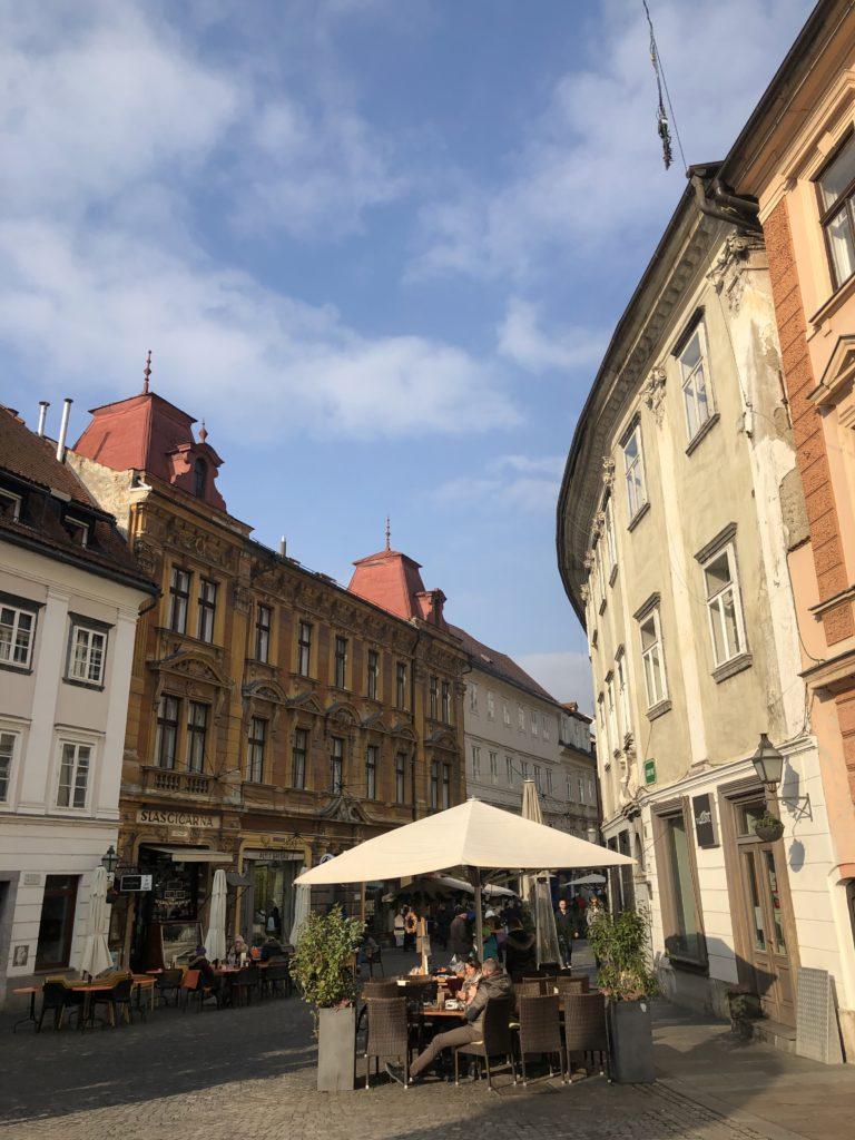 Ljubljana gezi rehberi, Stari trg