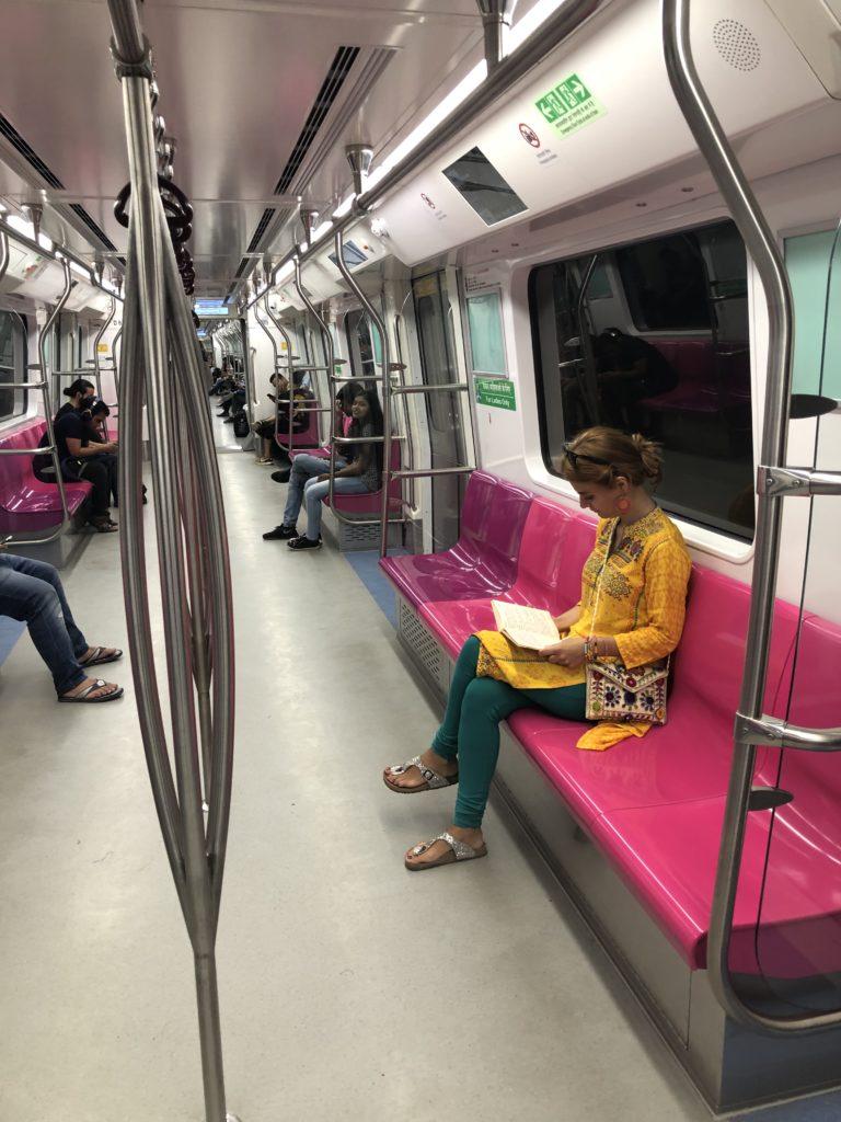 Talihsiz serüvenler : Hindistan'da toplu taşıma
