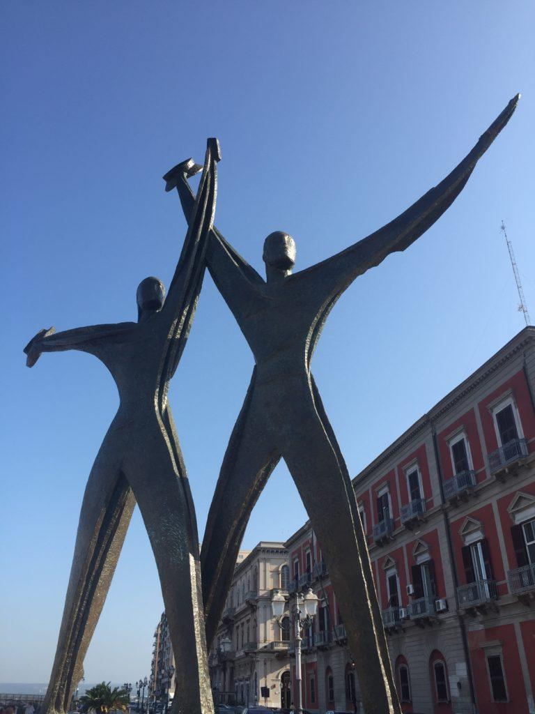 Puglia gezi rehberi, Taranto
